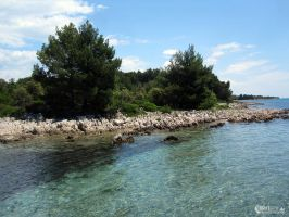 Adriatic seashore by narisign