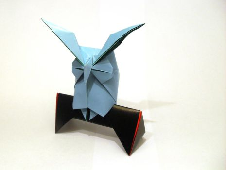 Origami horned owl by Orestigami