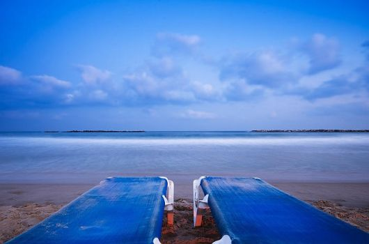 Blue morning by aronbrand