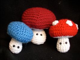 Amigurumi Mushrooms by Estelle-Night