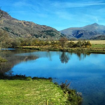 From the steam train to Snowdonia by day-seriani