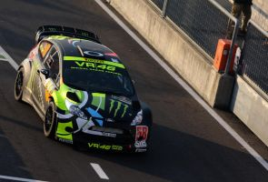 'FORD FIESTA WRC VALENTINO ROSSI SHOW' by HOMER65