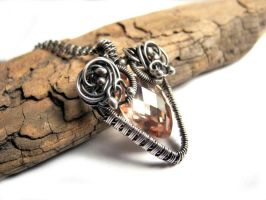 Peach Arrow - Silver necklace with cubic Zirconia by nurrgula