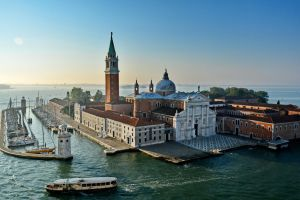 Venice by Travelie