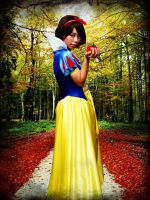 +Snow White+ by tabeck