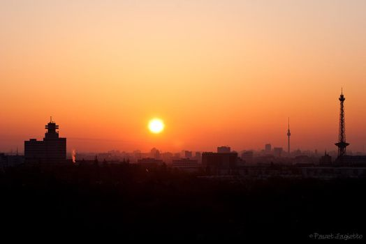 Sunrise over the city by OpaApo