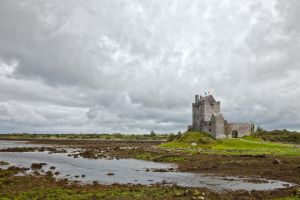 Dunguaire Castle I by somadjinn