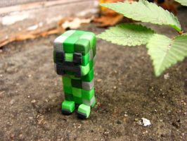 A Creeper to Keep by mingmade