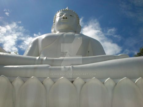 Giant Buddha Statue by Veareance