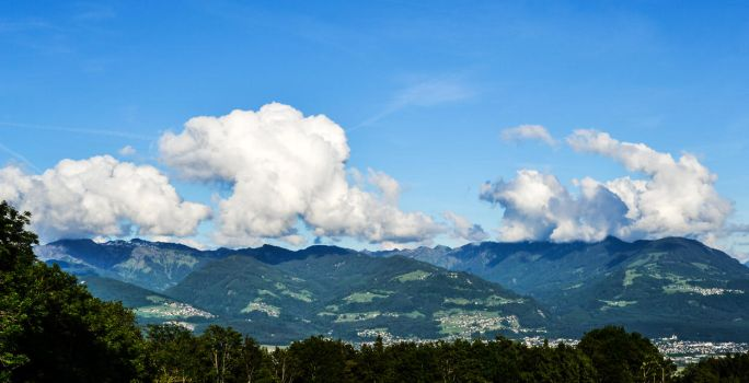 Clouds travel by arte-deon